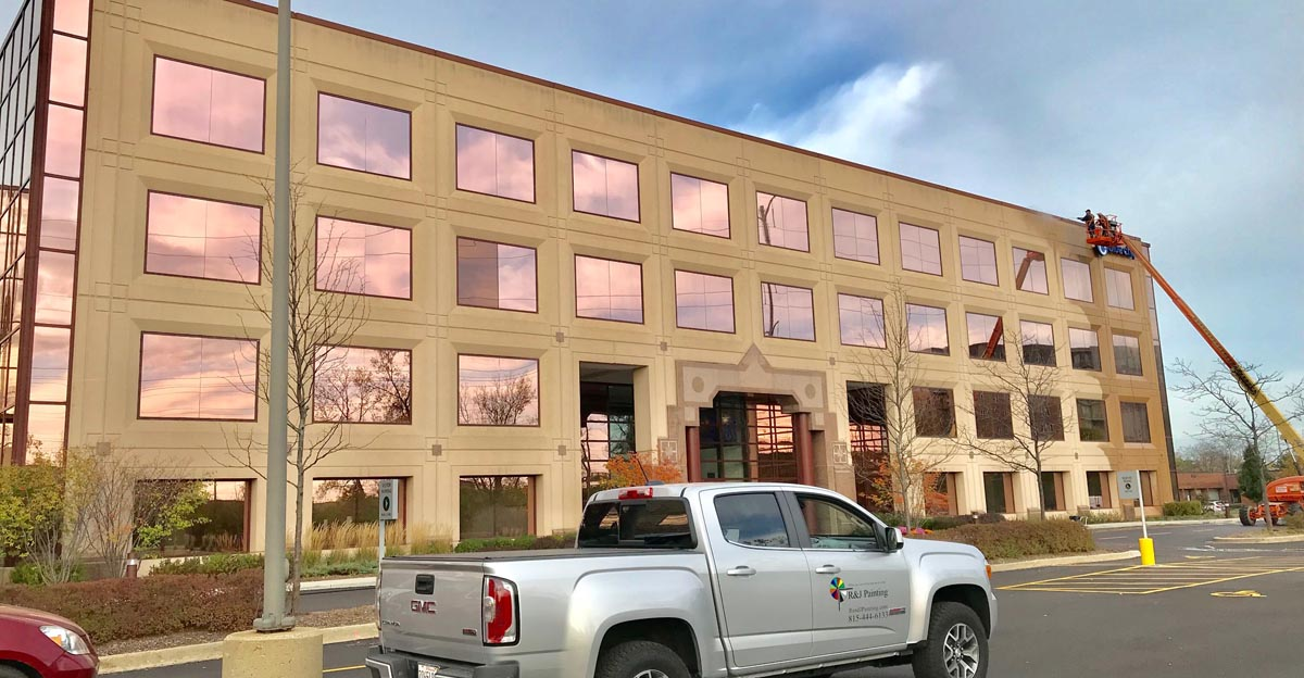 commercial building pressure washing